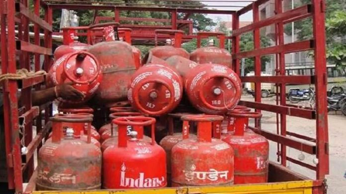 Last chance to get a gas cylinder of Rs 819 for Rs 119, this is the complete process