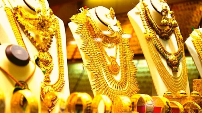 Gold Silver rate: Gold in preparation for 50 thousand rupees, gold in April before weddings season became costlier by 1900 rupees