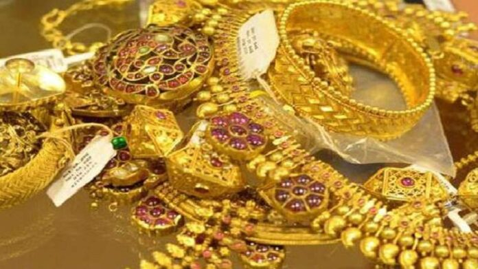 Gold Price Today: Gold fell sharply in dollar, know the price of 10 grams of gold